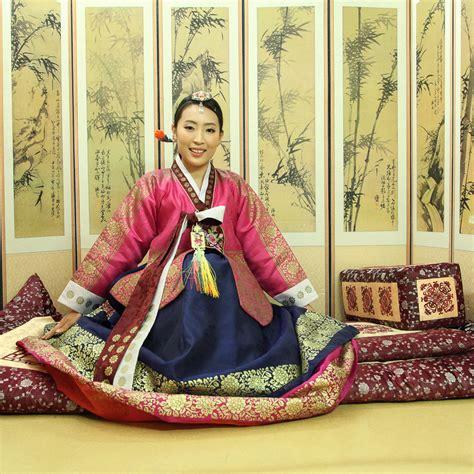 Hanbok Royal by Hanbok Photoshoot At Goguan Studio In Seoul Sweetandtastytv