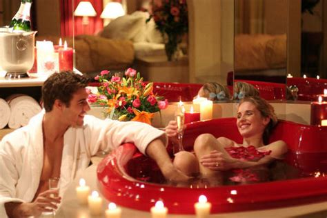 couples in bathtubs the alfus group inc news pa cove haven resort