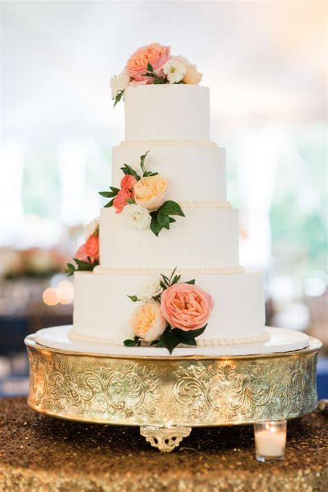 Show Me Some Wedding Cakes by 40 Wedding Cakes With Roses You Just Can T Resist