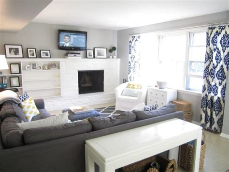 sherwin williams light blue love light gray walls dark couch and blue accent nice