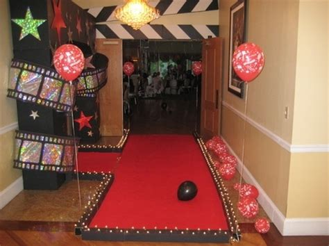 movie party red carpet lights | movie theme kids party