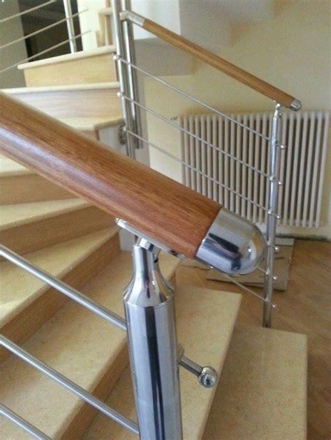ringhiera scala interna acciaio oltre 25 fantastiche idee su ringhiere delle scale in