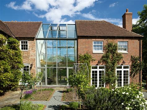 window on roof of house corridor in glass between houses google zoeken bouwen