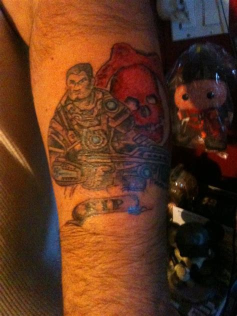 gears of war tattoos solis64 gears of war
