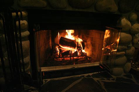 Fireplace Repair Diy by How To Build A Fireplace Diy And Repair Guides