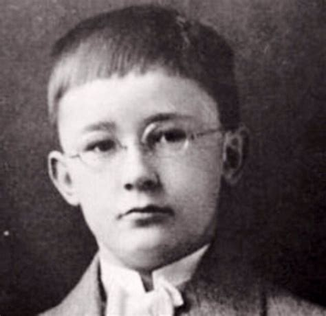hitler biography quiz heinrich himmler as a 7 yr old child in 1907 when they