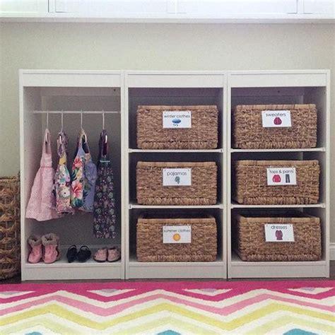 muebles montessori pequefelicidad armarios montessori