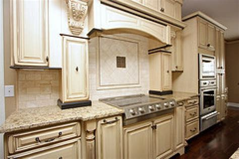 glaze on kitchen cabinets glazed kitchen cabinet pictures and ideas