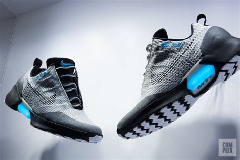 Harga Nike Hyperlive nike hyperadapt 2 0 whitneymcveigh co uk
