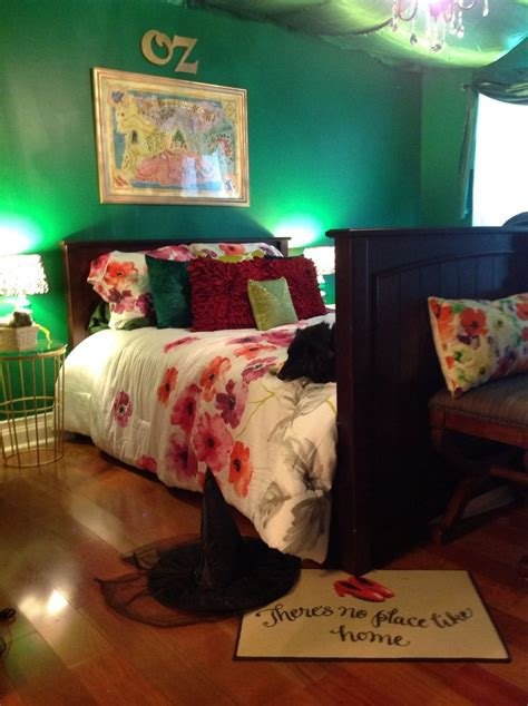 wizard of oz bedroom make your own disney themed bedroom lish concepts