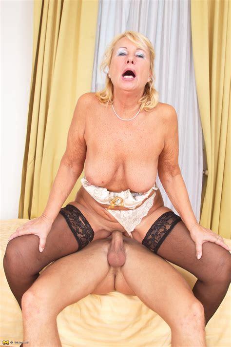 Old horny women having sex