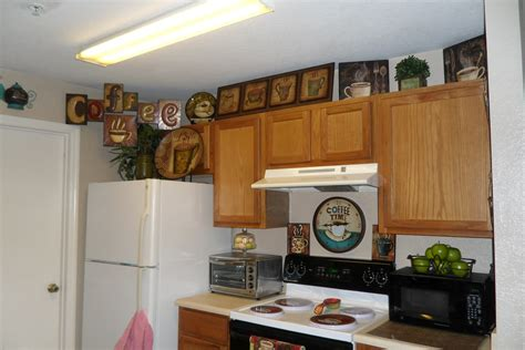 Kitchen Decor Ideas Themes pics for gt kitchen decor themes coffee