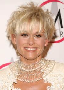 country singer haircut photos lorrie morgan photos photos the 39th annual country