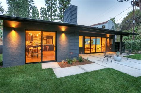 stylish modern ranch in the exuding a
