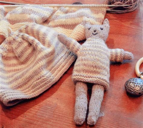 cat knitting pattern download swans island cat and hat pdf pattern download knitting