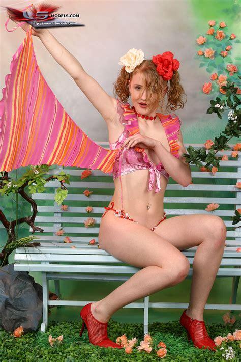 Dasha Naked Xxgasm