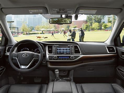 toyota highlander 2016 interior 2016 toyota highlander limited road test and review