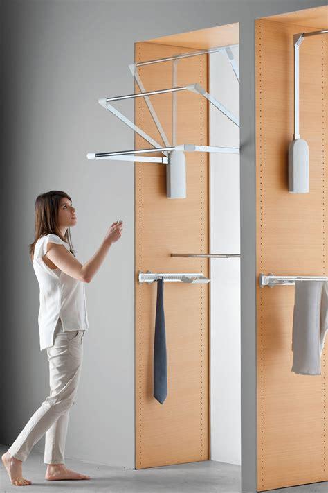 appendiabiti per armadio saliscendi saliscendi servetto l ascensore nell armadio