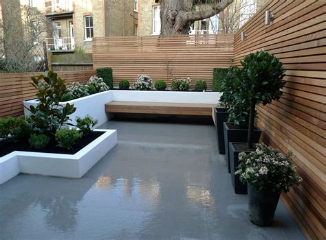 Small Contemporary Garden Ideas Modern Town Garden Garden Design