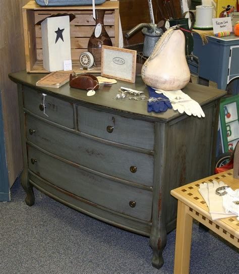 25 best ideas about distressed 25 best ideas about grey distressed furniture on grey house furniture grey stain