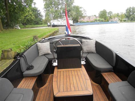 sloep zwart isloep 585 te koop uit 2010 boten nl polyester sloep