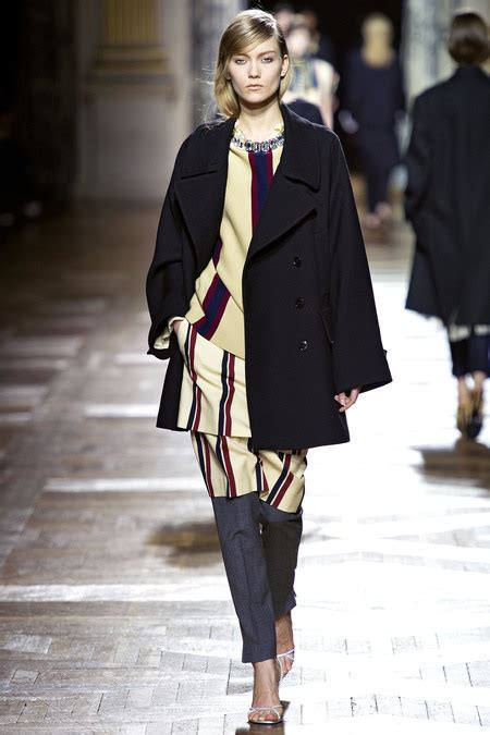 Menswear Chic At Dries Noten Gets A Twist By Wearing The Necktie Like A Harness Its A Snap To Capture The Spirit Without Breaking The Bank Fashiontribes Fashion by Fashion Trends Fall 2013 Winter 2014