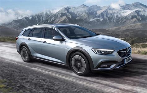 opel insignia wagon 2017 2018 holden commodore tourer revealed crossover wagon