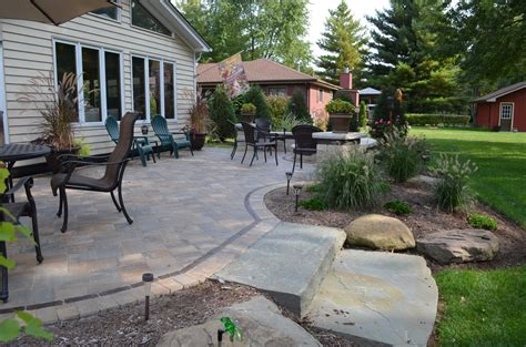 reasons  replace  wooden deck   paver patio