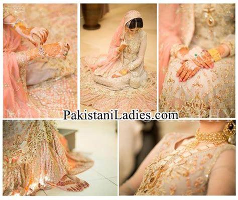 bride wearing gold jewellery sets designs  ideas pics