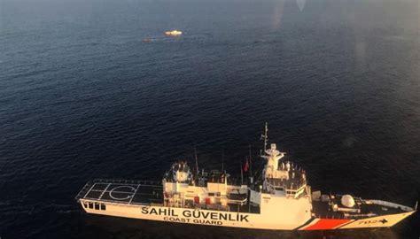 refugee boat sinks 2018 9 dead after refugee boat sinks off turkey