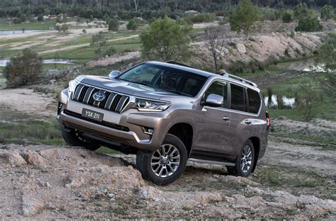 land cruiser prado car 2018 toyota landcruiser prado pricing and specs photos