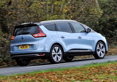renault grand scenic 2016 renault grand scenic estate review 2016 parkers