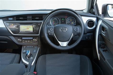 toyota auris interior what s changed on the new toyota auris