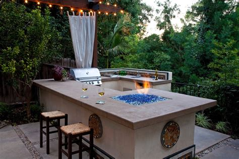 Patio Bbq Designs These 11 Outdoor Kitchens Are What Summer Entertaining Dreams Are Made Of Photos Huffpost