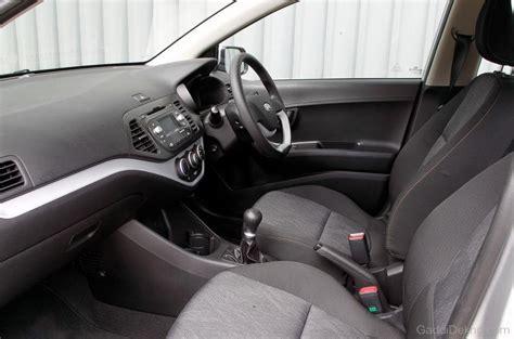 Kia Picanto Inside Kia Picanto Interior Car Pictures Images Gaddidekho