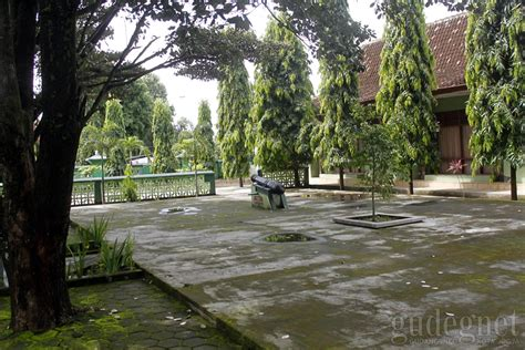 Sho Buntut Kuda museum monumen pangeran diponegoro sasana wiratama