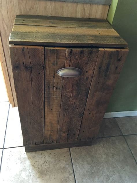pallet trash can holder yard sale gingerbread and yards