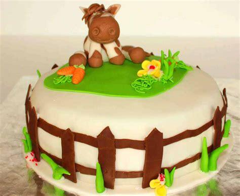 kuchen kindergeburtstag pferd pferdetorte i auf einer geburtstagsparty ohne torte gibt