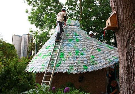Plastic Bottle Shed by Diy Plastic Bottle Shed Diy Craft Projects