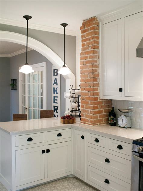 fixer brick cottage for baylor grads hgtv s fixer with chip and joanna gaines hgtv