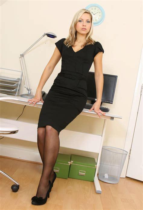 High Heels Kokop At11 Hitam 80 fashion tights skirt dress heels look skirt dress nylons tights