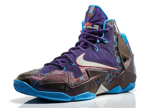 Sepatu Basket Lebron Soldier 7 Hornets nike lebron xi 11 hornets official images sneakerfiles