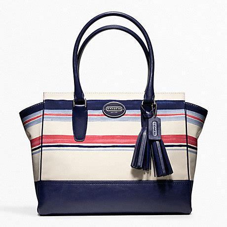 Coach Selempang 3tone 125 coach f22397 stripe print medium carryall coach handbags coach handhandbag