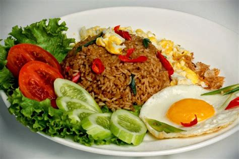 membuat seblak dari kobe nasi goreng 8 kuliner khas indonesia yang terkenal di dunia