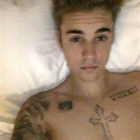 justin bieber in bed pic justin bieber s shirtless selfie in bed is he alone