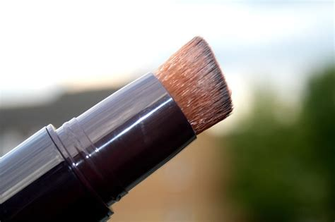 by terry light expert click brush beautyqueenuk by terry light expert click brush