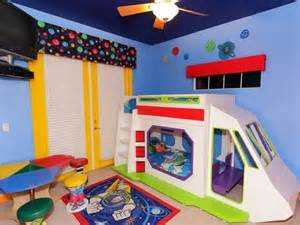 buzz lightyear bedroom buzz lightyear bunk bed with slide kids rooms pinterest buzz lightyear bunk bed with