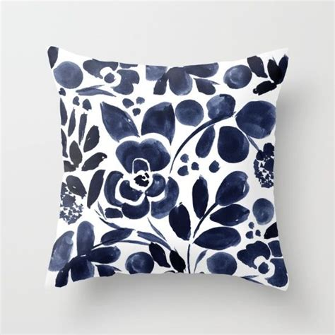 Where To Find Decorative Pillows Top 25 Best Navy Pillows Ideas On White