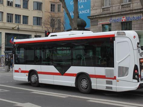 Agence Tcl Grange Blanche Horaire by Les Agences Tcl Se Mettent 224 L Heure D 233 T 233