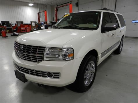automotive service manuals 2011 lincoln navigator l windshield wipe control service manual 2007 2011 lincoln navigator 4 2007 used lincoln navigator 2wd 4dr ultimate at